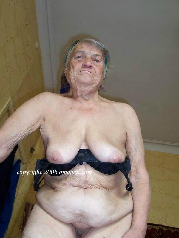 oma mature grannies Full nude